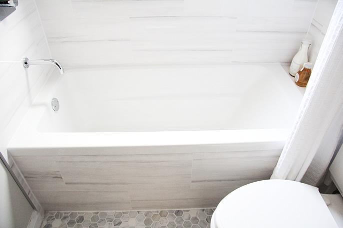 Bathroom Tiles Alternative : White marble alternatives modern bathroom aubrey