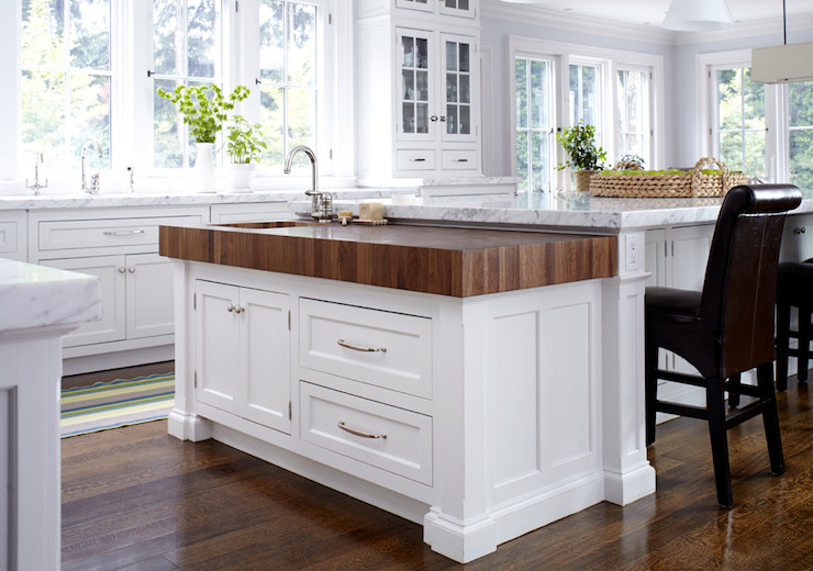 Baking Island Transitional Kitchen Degraw And Dehaan