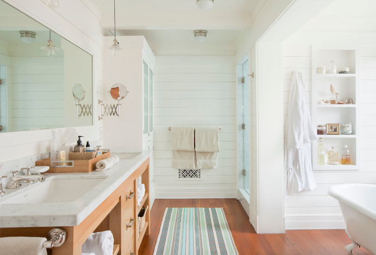 Superieur Craftsman Bathroom