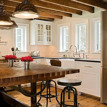 Rustic Farmhouse Kitchens Design Ideas