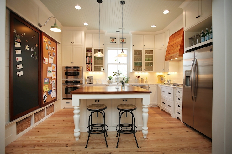 Kitchen cork board vintage kitchen new old for Kitchen cork board ideas