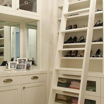 Awesome Closet Ladder
