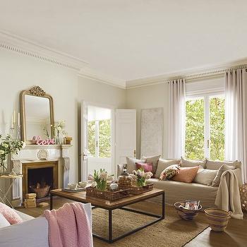 Dentil Crown Molding, Cottage, living room, El Mueble
