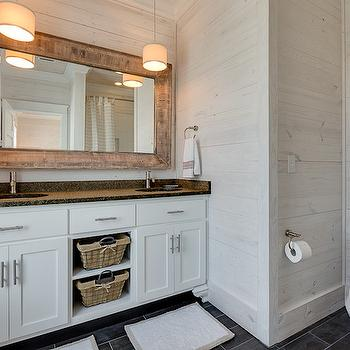 Whitewashed Walls, Cottage, bathroom, Pat O'Neal Interiors