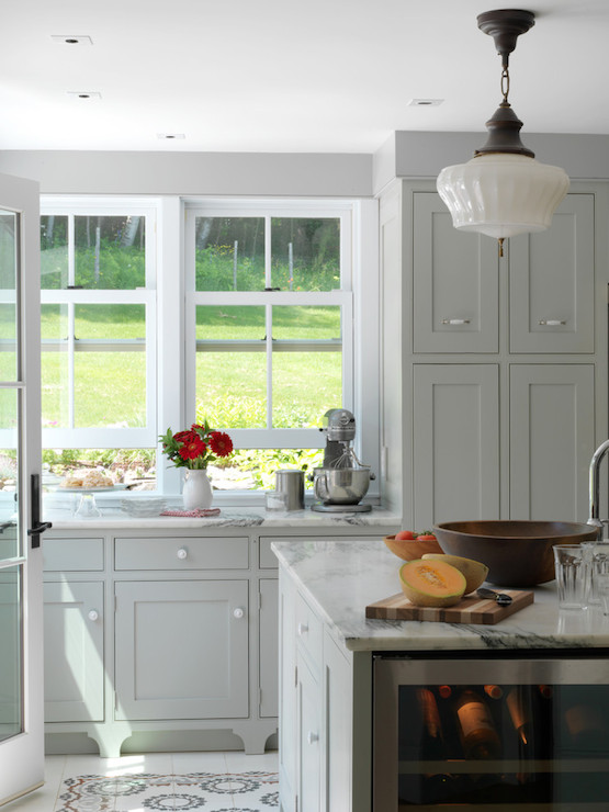 Light Grey Cabinets Design Ideas