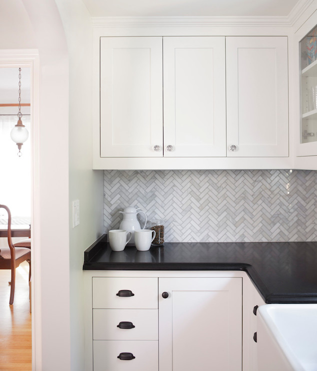 Statuary white marble transitional kitchen benjamin moore simply white rom architecture - Minimalist bathroom mirrors design ideas to create sweet splash simply ...