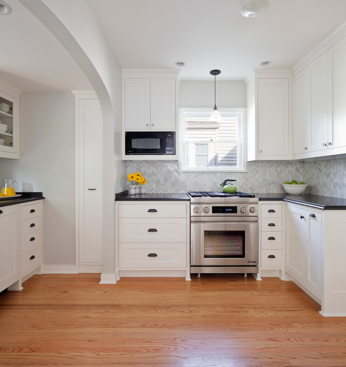 Benjamin Moore Antique White Kitchen Cabinets: Marble Herringbone Tiles