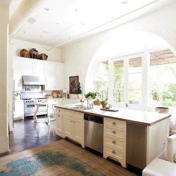Long Kitchen Island Design Ideas