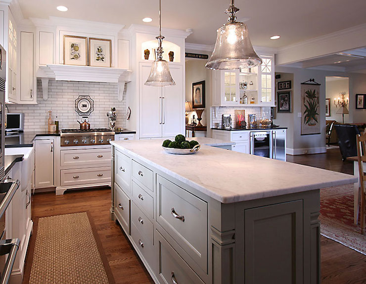 L Shaped Island Traditional Kitchen Pheasant Hill Design