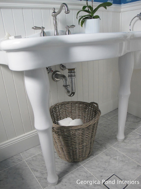 Parisian Pedestal Sink Design Ideas