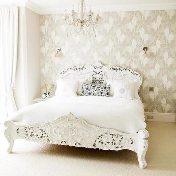 baroque bed