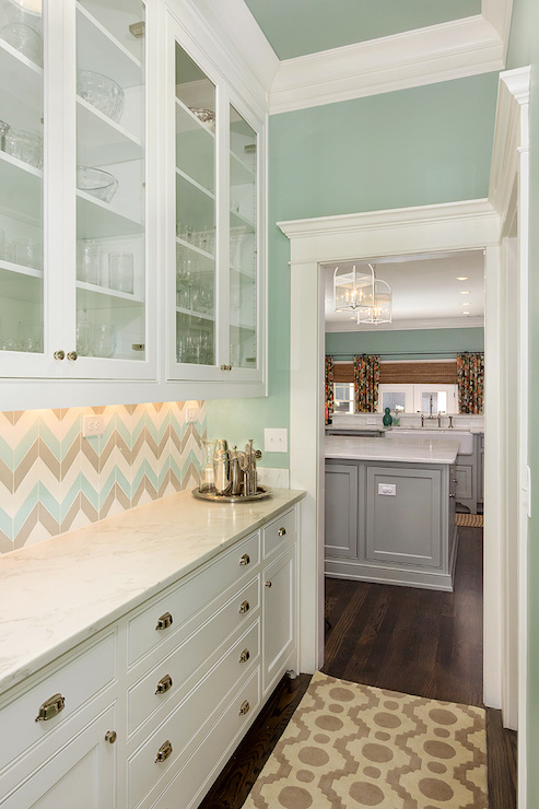 Chevron Tile Backsplash Design Ideas