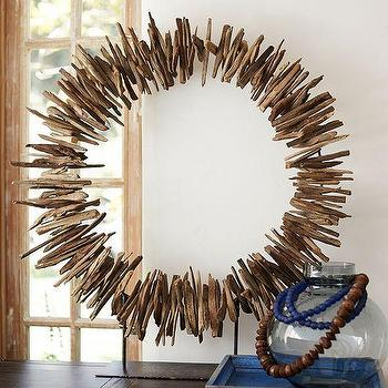 Sculpted Interlocking Iron Circles Stand