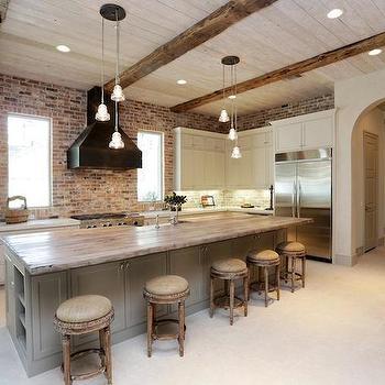 Reclaimed Brick Backsplash Design Ideas