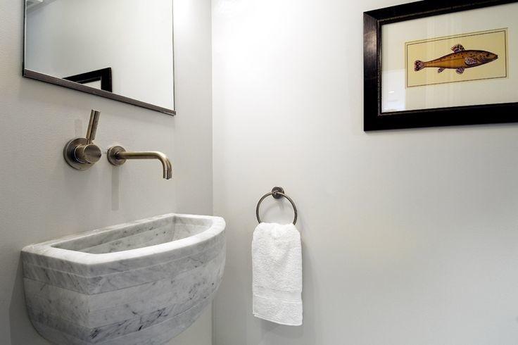 Mirror Mounted Faucet Design Ideas