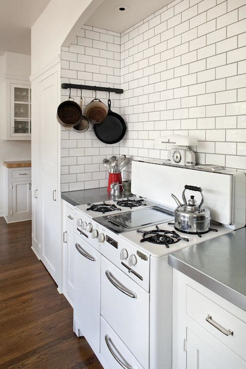 White Subway Tile With Dark Grout Design Ideas