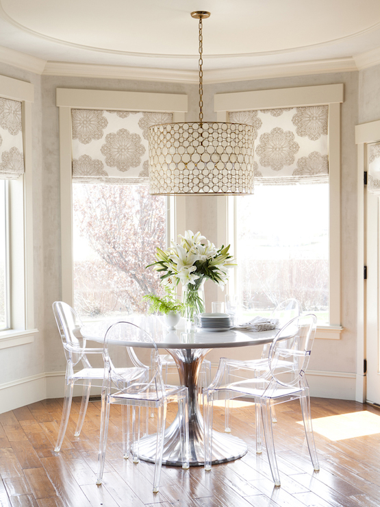 Breakfast Nook With Farmhouse Table And Ghost Chairs Cottage Dining Room