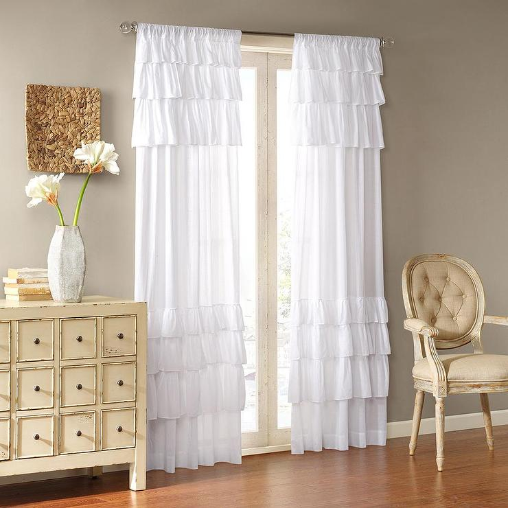 Joycelyn Cotton 84-Inch Oversized White Ruffle Curtain Panel