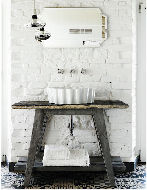 White brick wall eclectic bathroom elle deco for White exposed brick wall