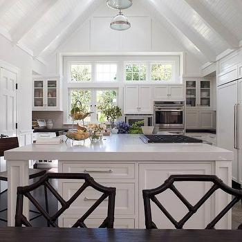 Kitchen cathedral ceiling design ideas for Kitchen designs with cathedral ceilings