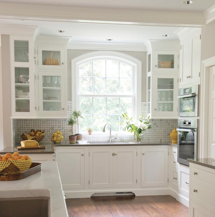 Kitchen Sink Bay Window: Benjamin Moore