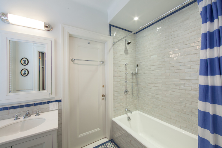 View Full Size. Fantastic Bathroom With A Textured Glazed Gray Tiled Shower  Tub Combo ...