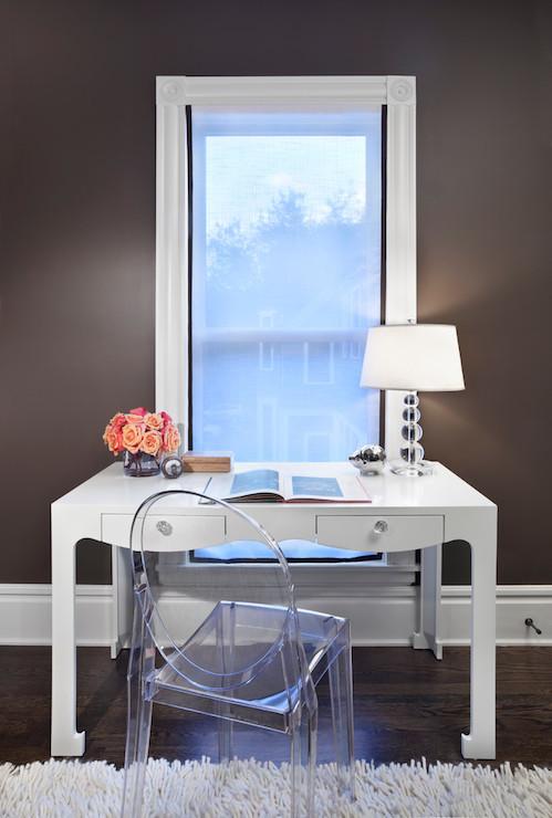 Desk In Front Of Window Design Ideas