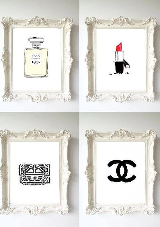 Different Size Frames Wall Ideas