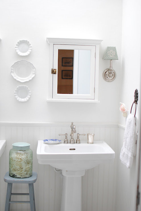Pure white paint colors transitional bathroom for Sherwin williams bathroom paint colors