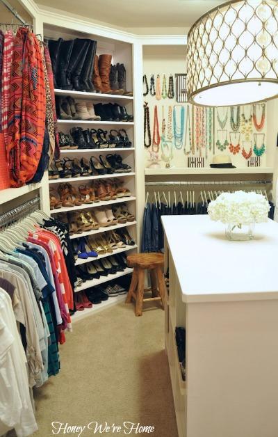 corner shoe shelf transitional closet honey we 39 re home. Black Bedroom Furniture Sets. Home Design Ideas