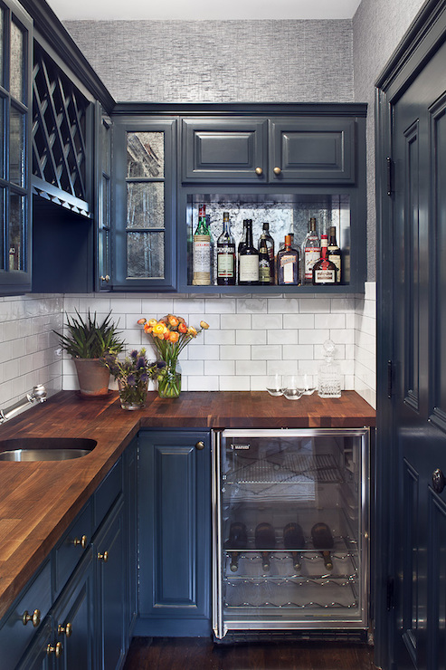 Navy cabinets contemporary kitchen blair harris for Dark blue kitchen cabinets