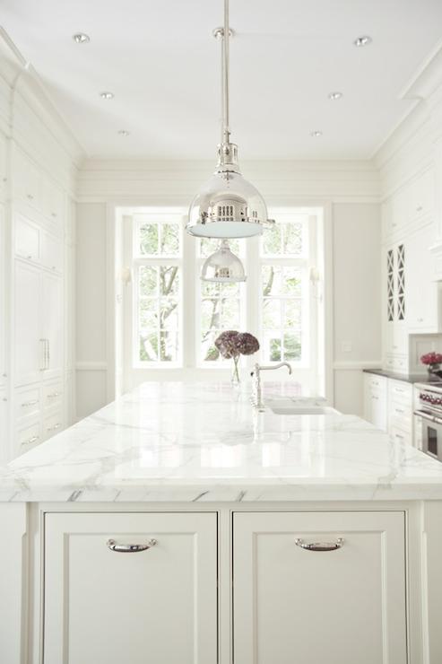 Kitchen Cabinets Crown Molding Design Ideas