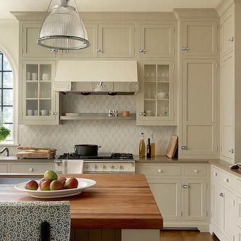 Tan Shaker Kitchen Cabinets Design Ideas