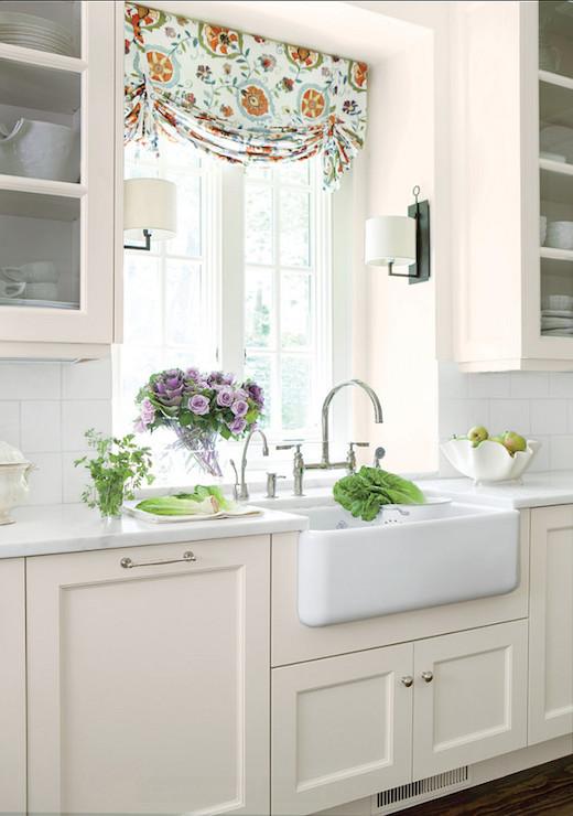 Cream Kitchen Cabinets Cottage Kitchen Benjamin