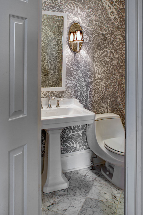Paisley wallpaper transitional bathroom case design for Gray bathroom wallpaper
