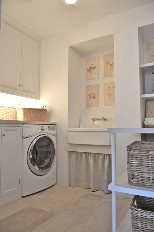 Skirted Laundry Sink - Cottage - laundry room - Giannetti Home