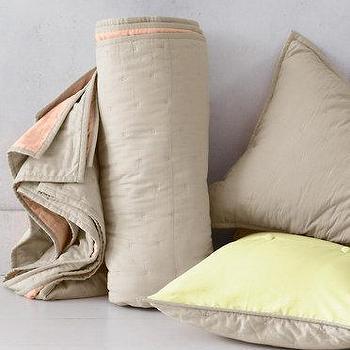 Eileen Fisher Tufted Color-Block Quilt & Sham I Garnet Hill
