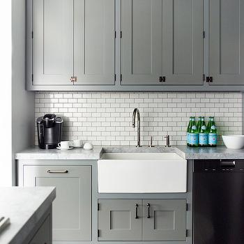 Subway Tiles With Grey Grout Design Ideas - Hardware for grey cabinets