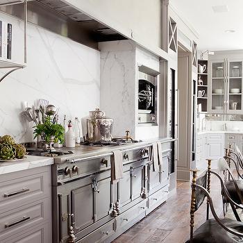 european kitchen transitional kitchen benjamin moore. Black Bedroom Furniture Sets. Home Design Ideas
