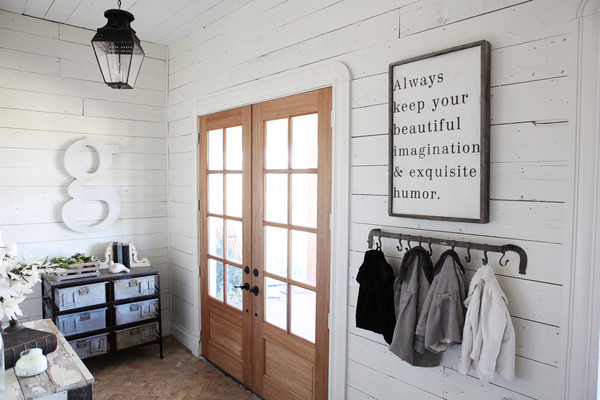 Cottage Mudroom Country Entrance Foyer Magnolia Homes