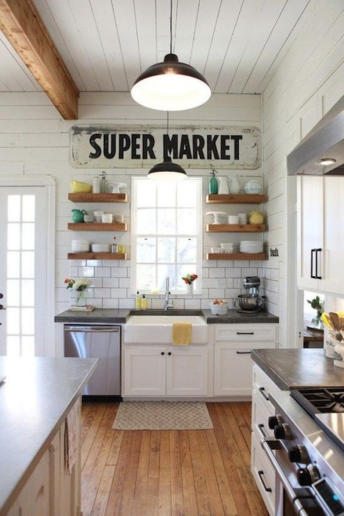 Farmhouse Kitchens - Country - kitchen - Magnolia Homes