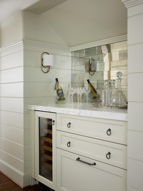 mirrored tile backsplash design ideas