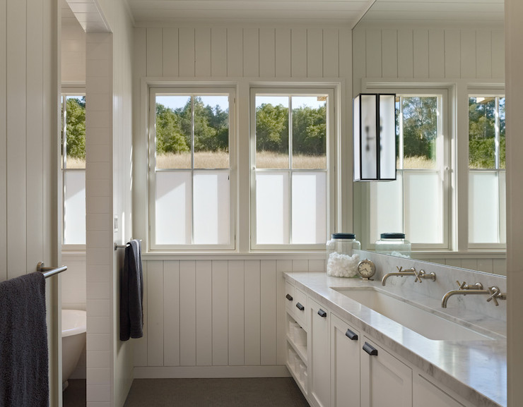 Horizontal Wainscoting Transitional Bathroom Deluxe