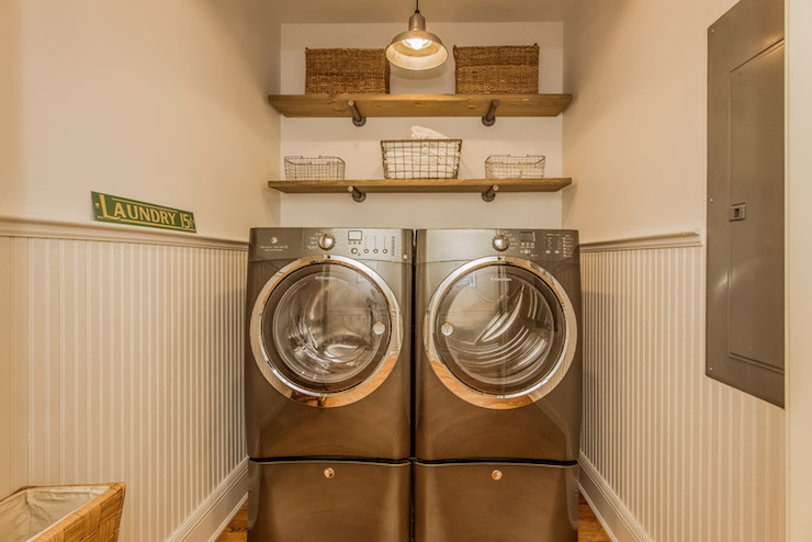 Shelves above washer dryer design ideas for Shelf above washer and dryer