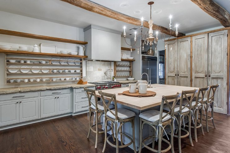 Reclaimed Wood Pantry Doors Design Ideas