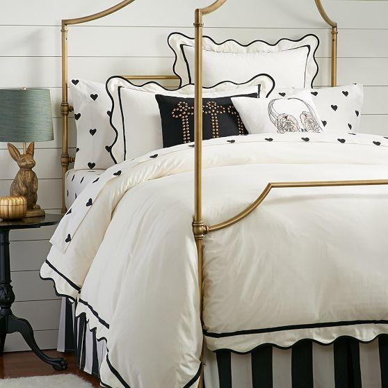 The Emily And Meritt Black And White Scallop Duvet Cover