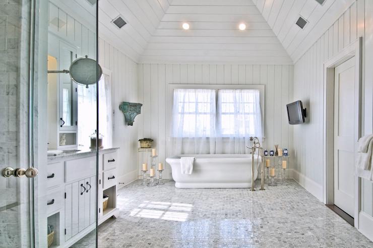 Paneled Master Bathroom Cottage Bathroom Hamptons