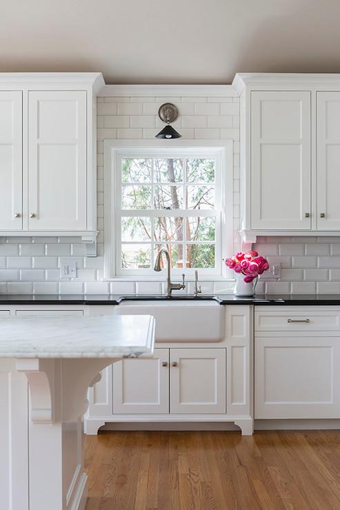 Kitchen Cabinet Corbels Design Ideas