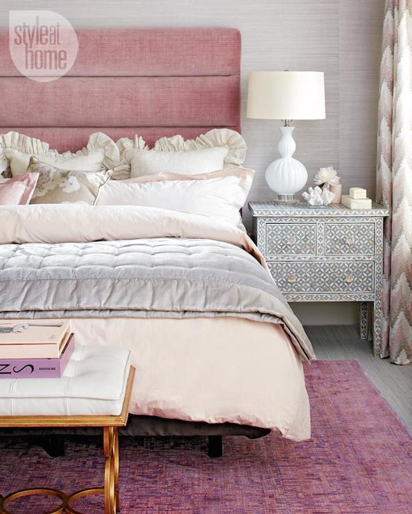 Black Quilted Wallpaper Pink Velvet Headboard ...