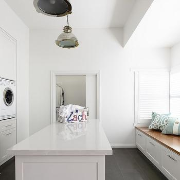 Laundry Room Bench Design Ideas